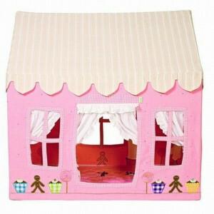 Gingerbread Cottage (Klein) + Floor Quilt Win Green